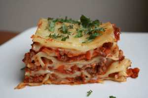 Lasagna_Bolognese-4